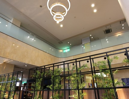 擬竹とアイアンフェンス