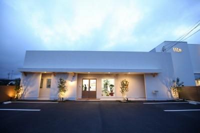 chacha 外観 店舗改装 三重県伊勢市 APOA