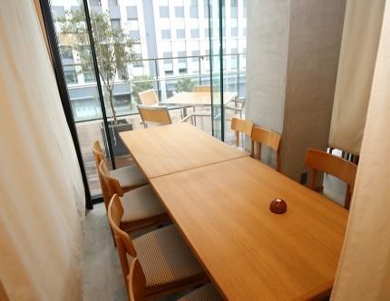 テーブル席 店舗改装 鮨山 ナチュラル APOA