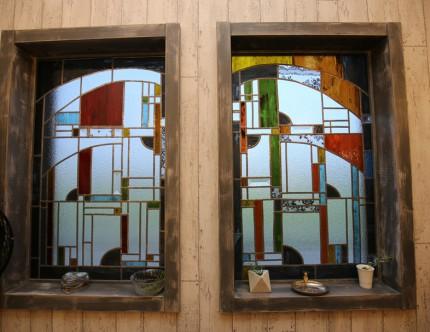 ル・パルファンの手作りステンドグラス。