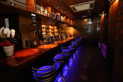 Darts&Dinning Bar Fixのバーカウンター